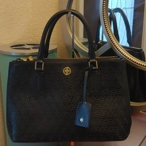 Tory Burch Perforated Robinson Double Zip handbag